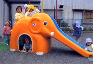 静岡市こすもす保育園